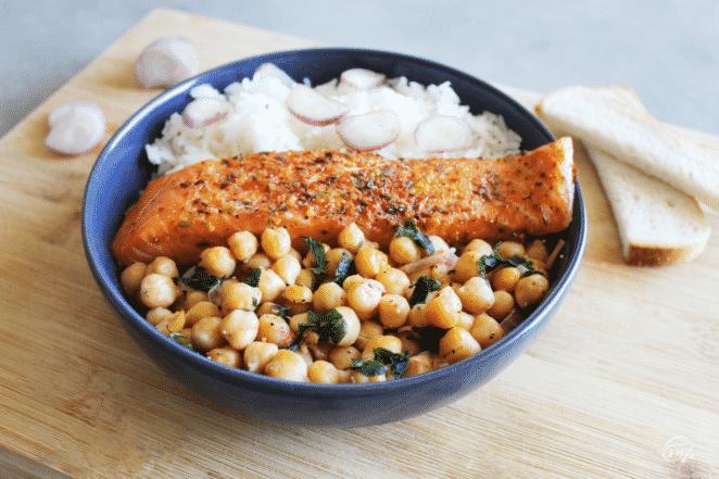 Salade pois chiche et délices de saumon fumé